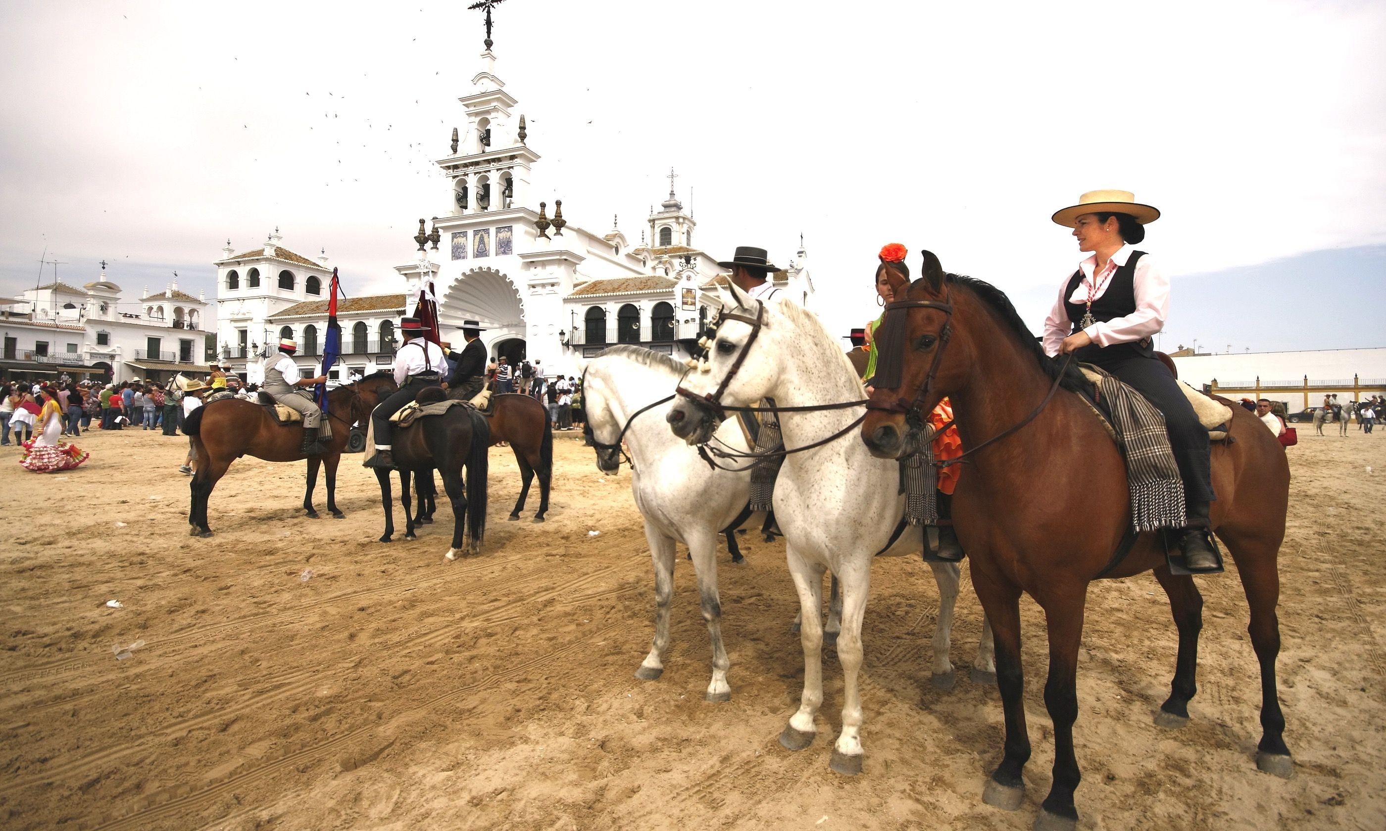 Riders at the Romeria del Rocio Festival in Andalucia (Dreamstime)