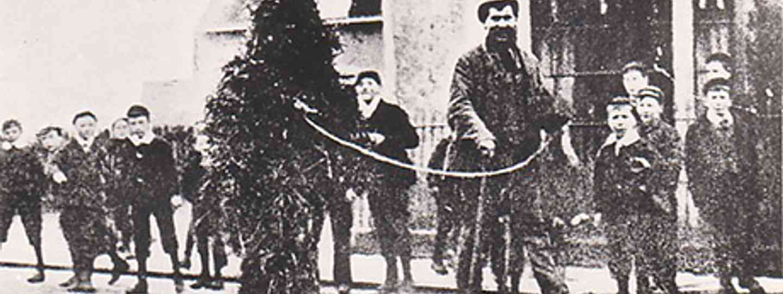 Straw Bear 1909