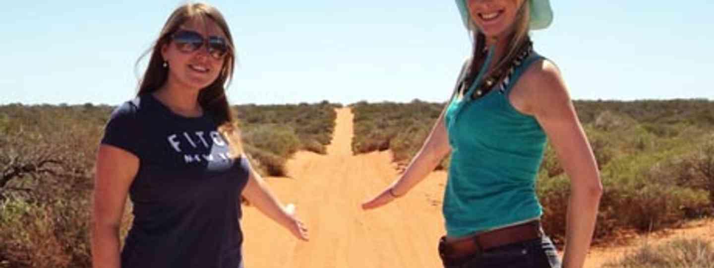 A dusty road in Western Australia (Backpacker Spirit)