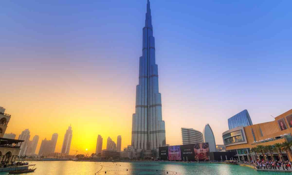 The Burj Khalifa at sunset (Dreamstime)