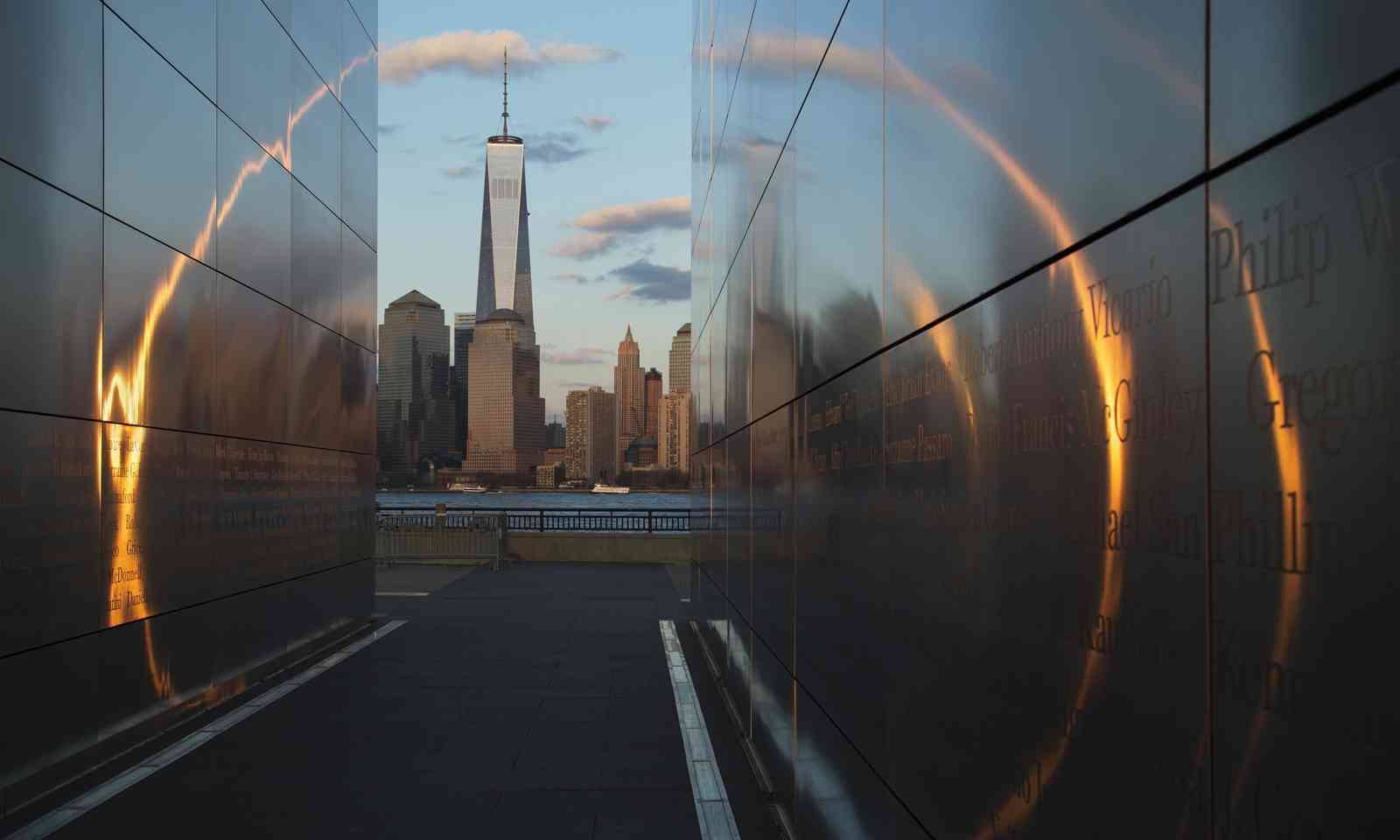 One World Trade Center viewed from New Jersey (Dreamstime)