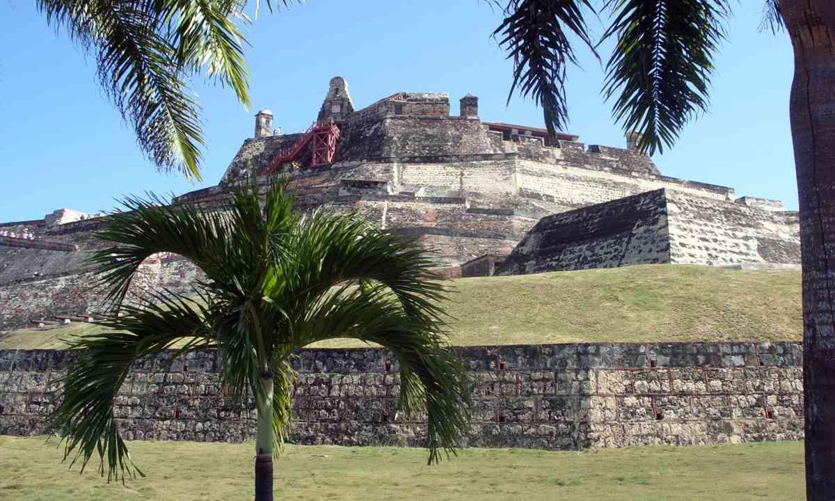 Fortress walls, Cartagena (Dreamstime)