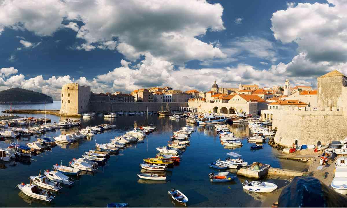 Old port, Dubrovnik (Dreamstime)