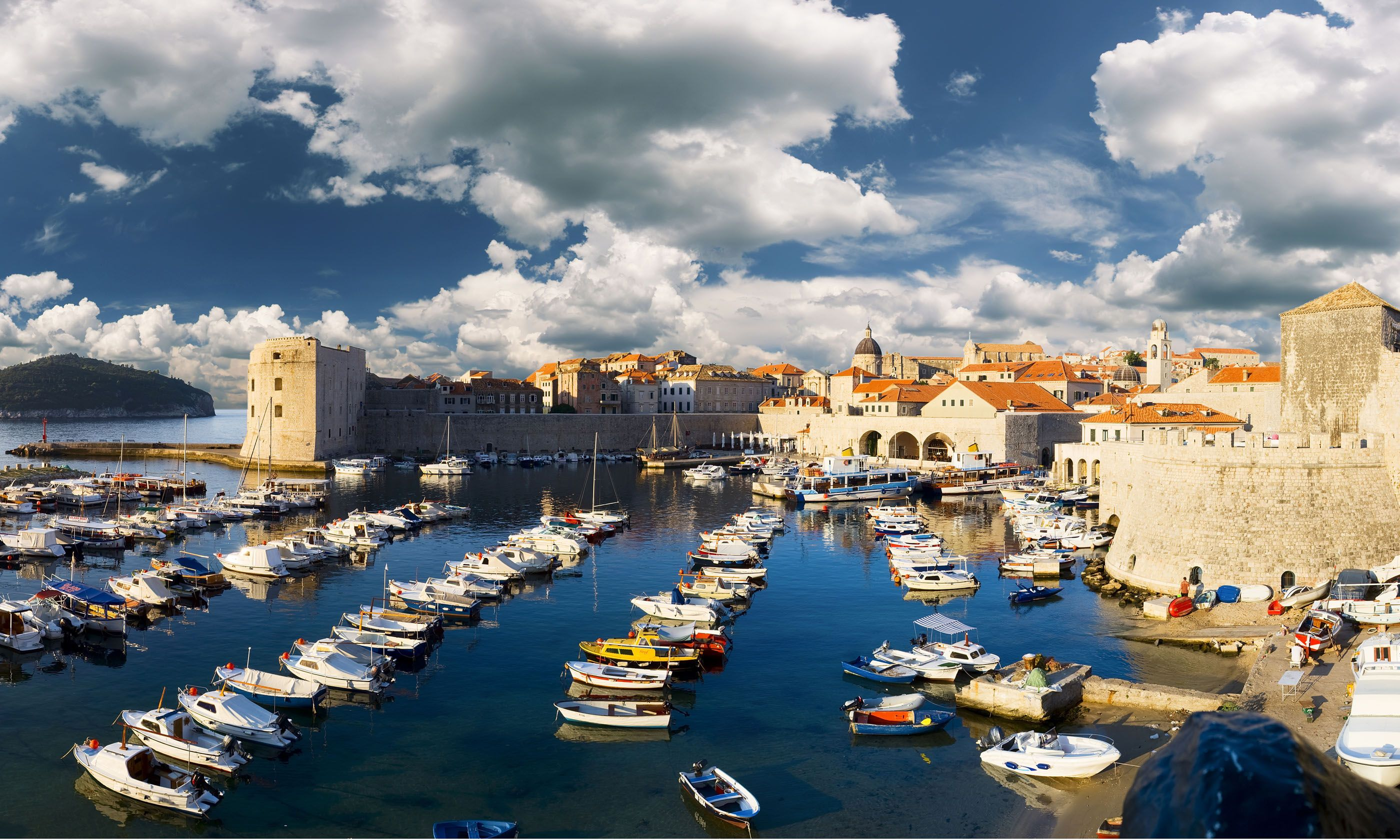Old port, Dubrovnik (Dreamstime)