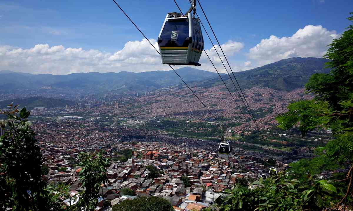 Cable car to Parque Arvi (Dreamstime)