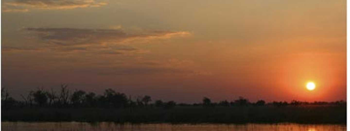 Sunset over the Okavango Delta (Andries3)
