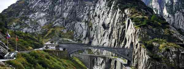 Gotthard Pass: the Devil's Bridge (Michael Blann)