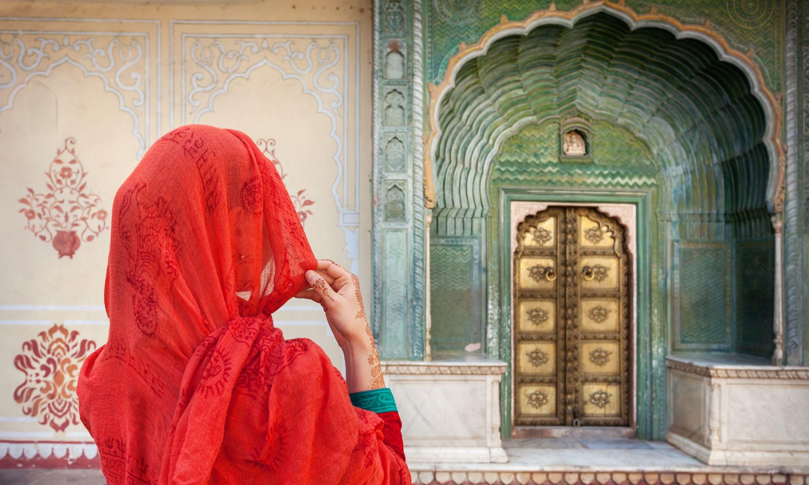 he backstreets of Jaipur (Dreamstime)