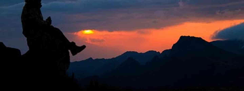 Enjoying the sunset at Shira Cave Camp (Stig Nygaard)