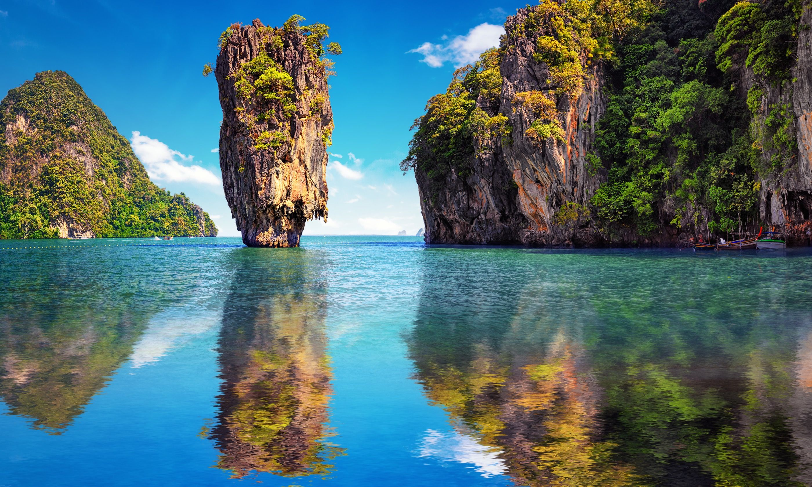 Reflections on James Bond Island (Dreamstime)