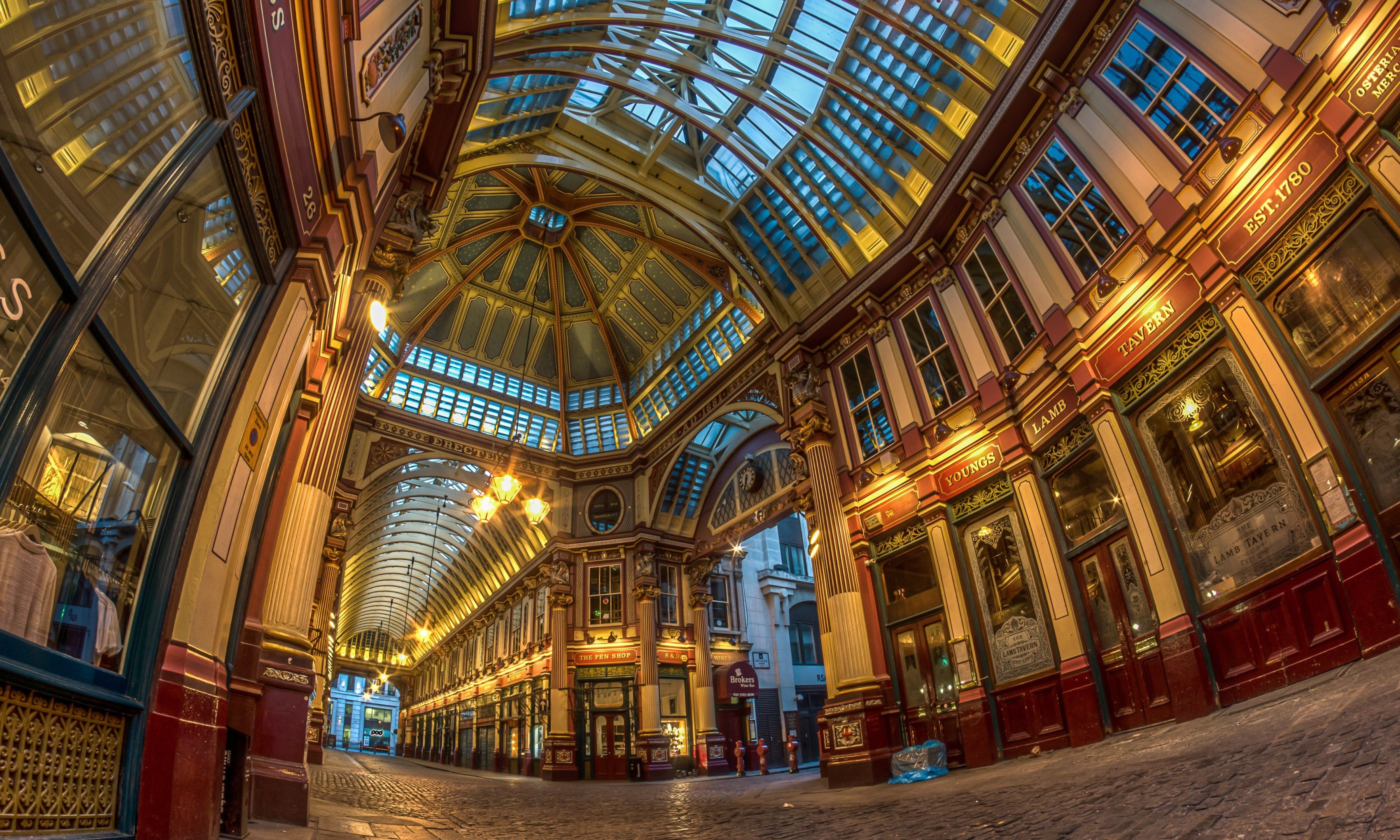 The gilded interior of Leadenhall Market (Dreamstime)