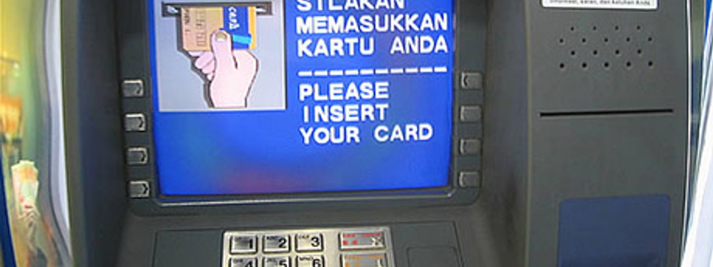 The Rules Of Using Atms Abroad Wanderlust
