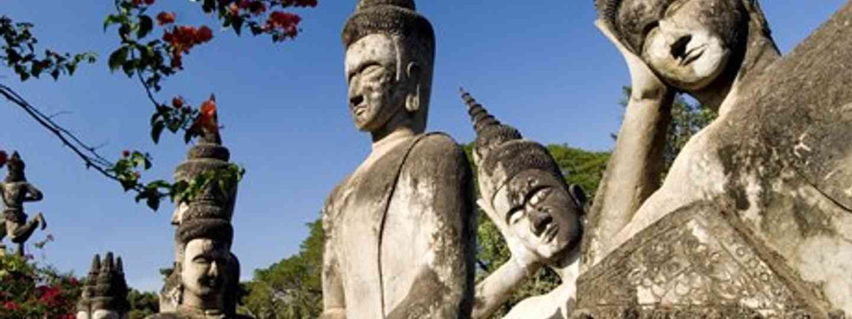 Loatian buddhas (Wanderlust)