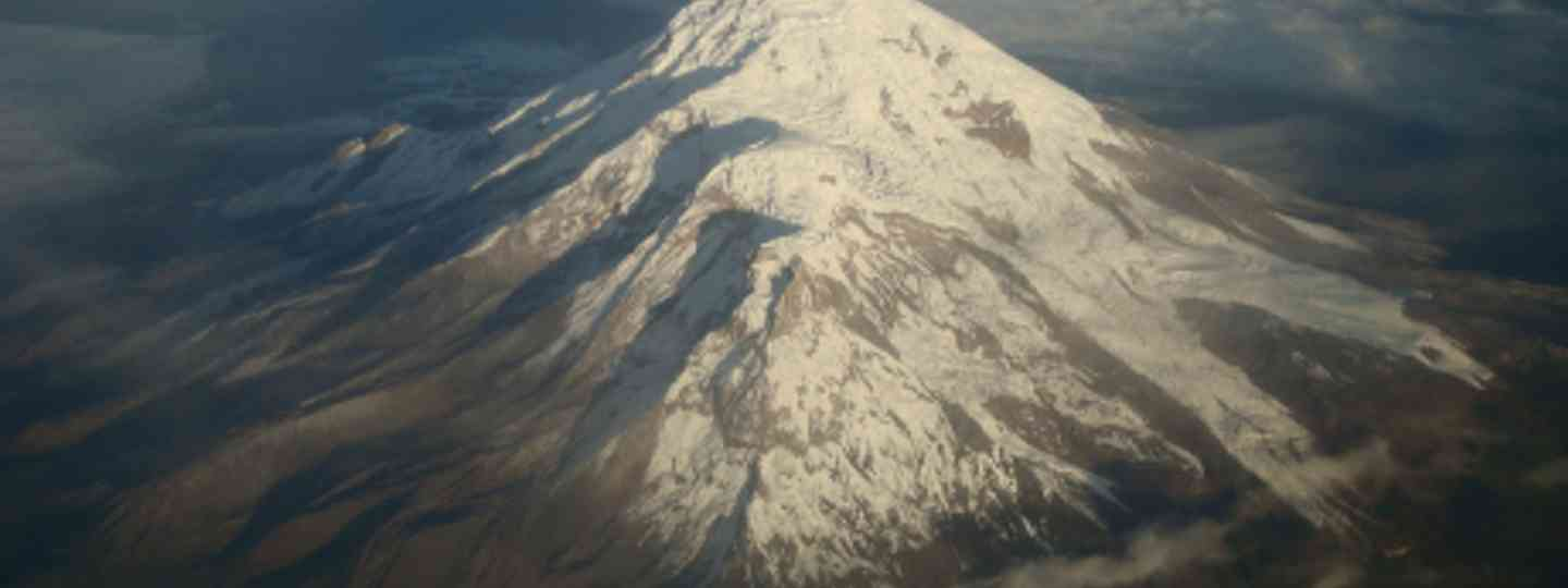 Chimborazo as seen from the air (Germania Rodriguez)