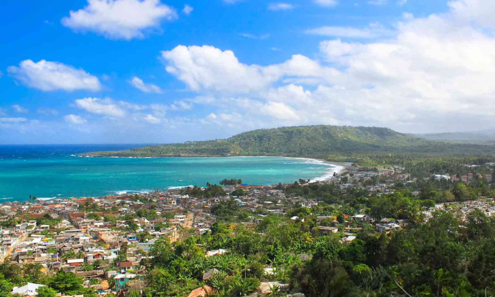 Panoramic view of Baracoa (Shutterstock)