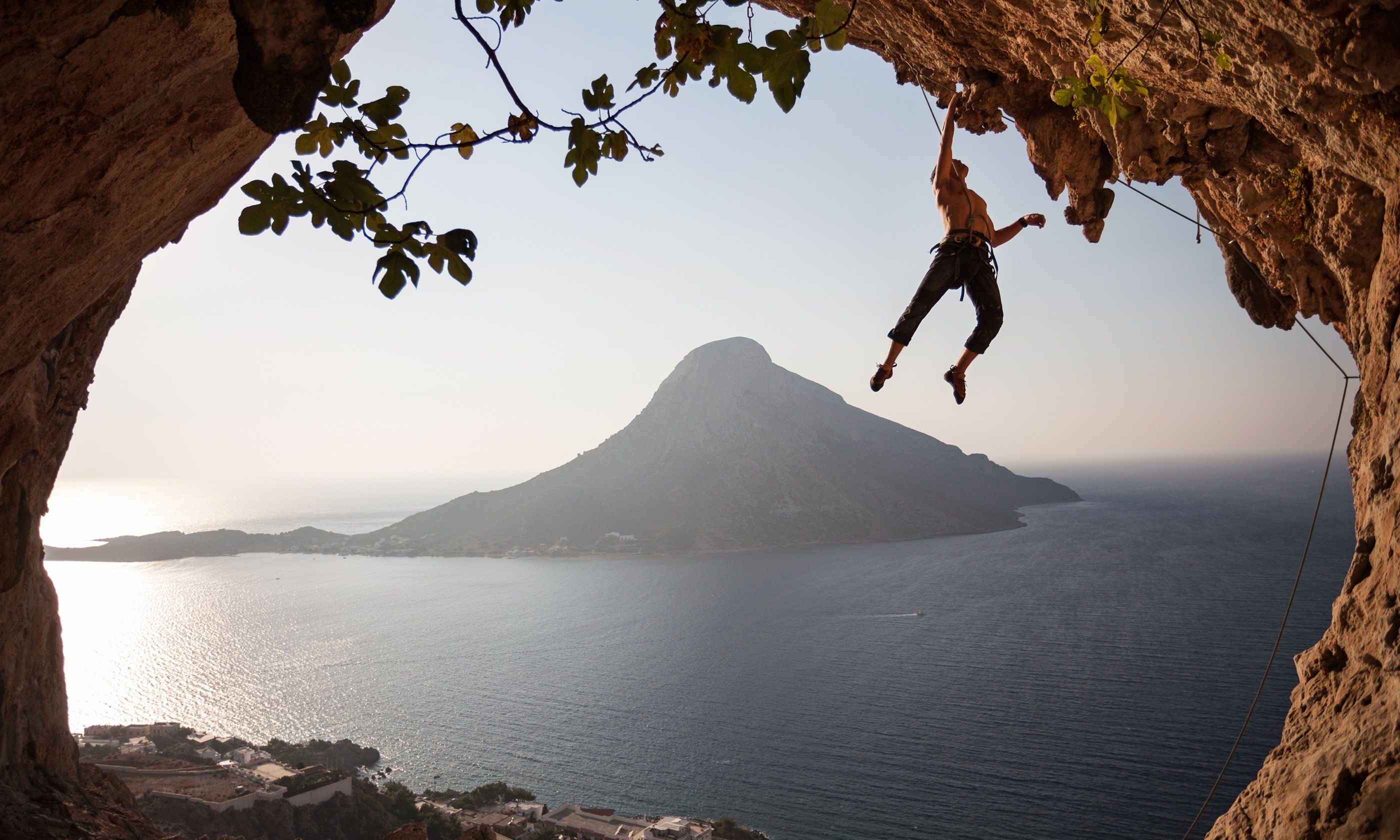 Climbing Kalymnos (Dreamstime)