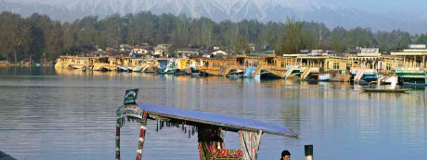 Amar Grover asks whether it's time to return to Kashmir (iStock)