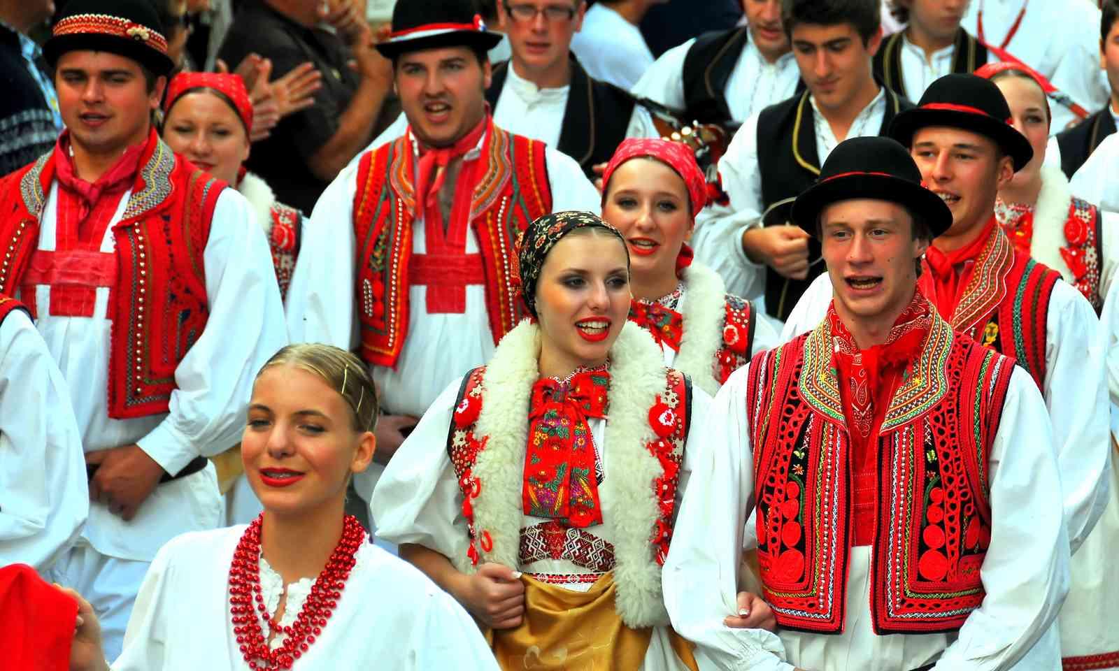 Dancers at the International Folklore Festival (Dreamstime)
