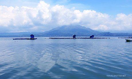 Balinese Lake (Travel_Shutter)
