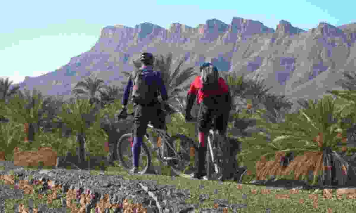 Riding towards an oasis (KE Adventures)