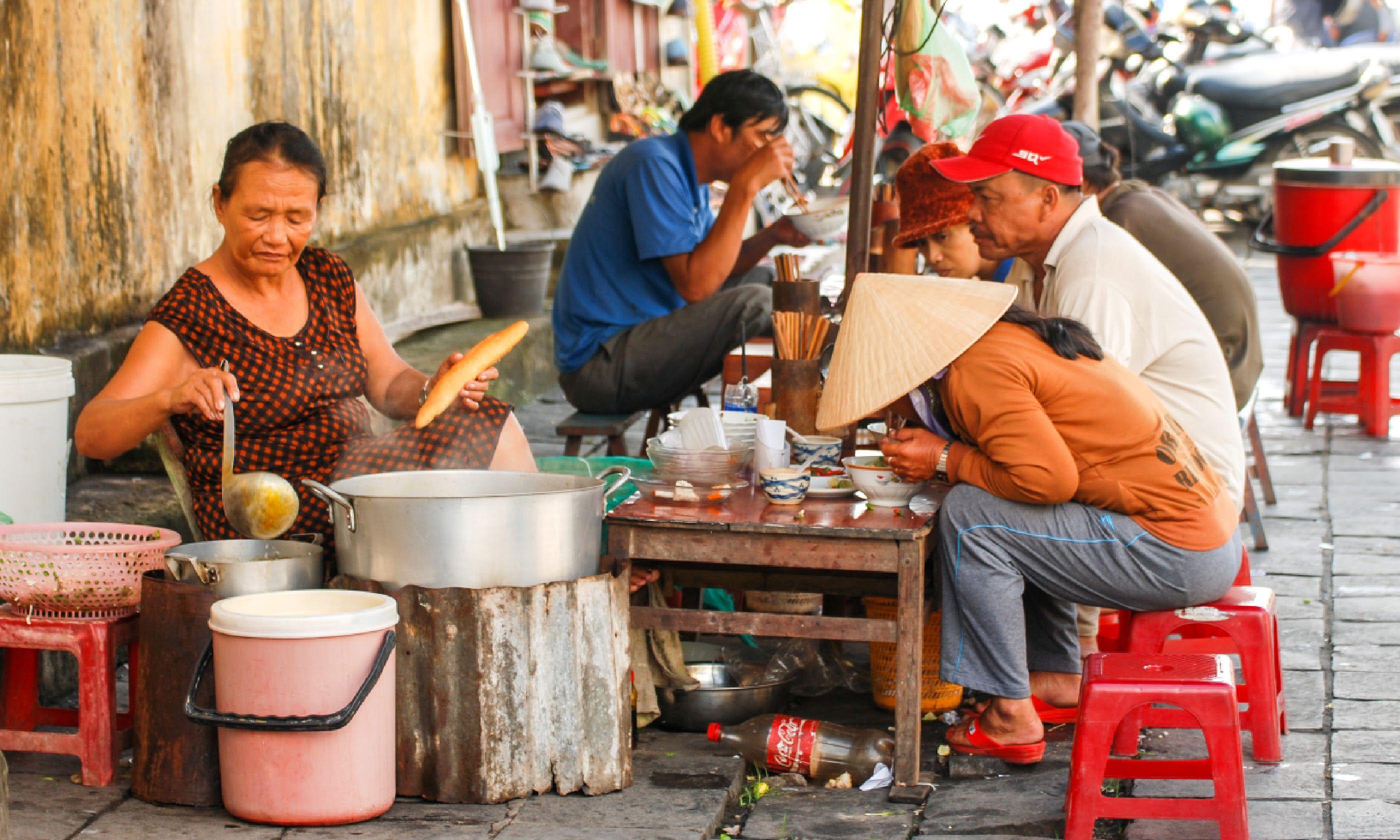 Hoi An street food (Shutterstock)