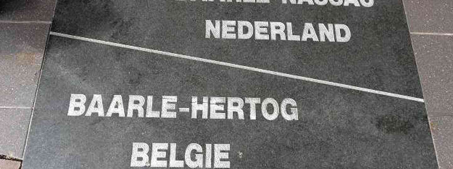 The two sides of Baarle (Helen Moat)