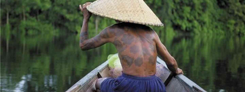 Borneo boat boy (Wanderlust)