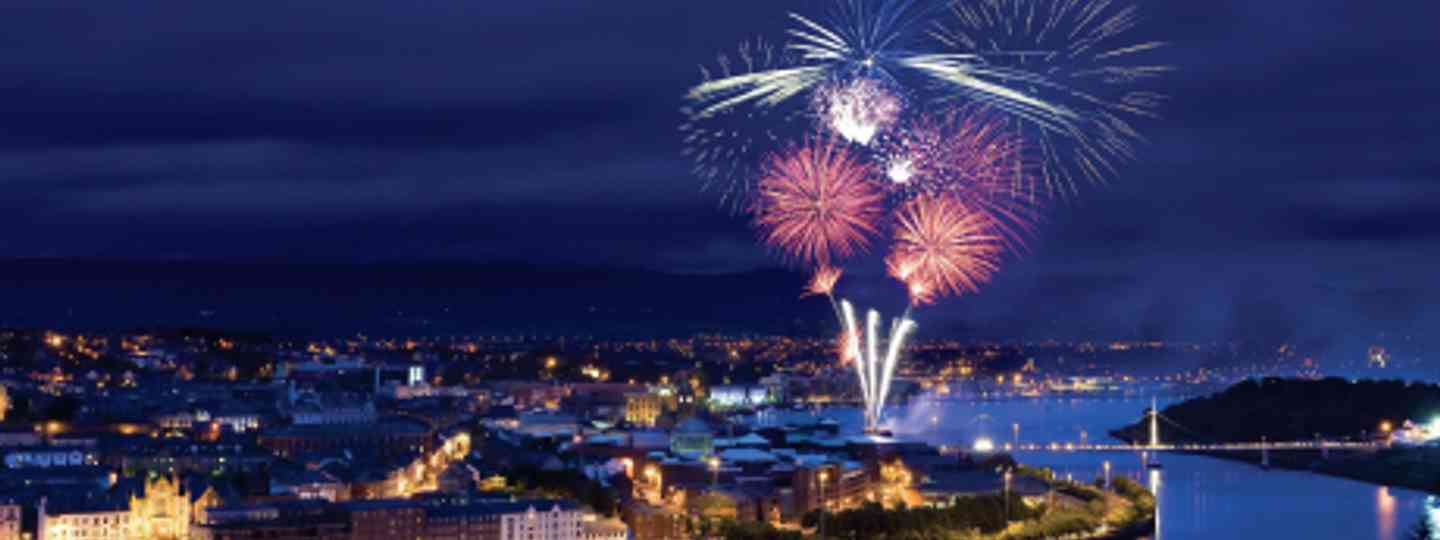 Fireworks light up Derry's once-embattled walled westside (Tourism Ireland)