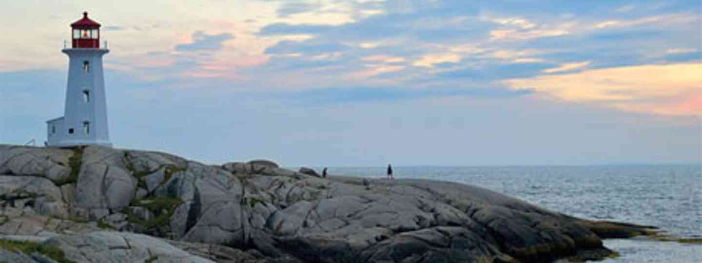 Peggy's Cove (Nova Scotia Tourist Board)