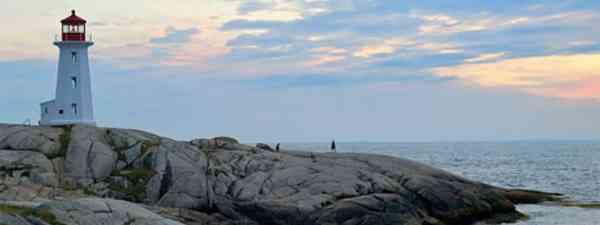 Peggy's Cove (Nova Scotia Tourist Board)