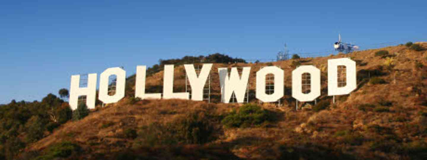 Beaches. Hollywood. Freeways. Culture? Oy yes... (dreamstime)