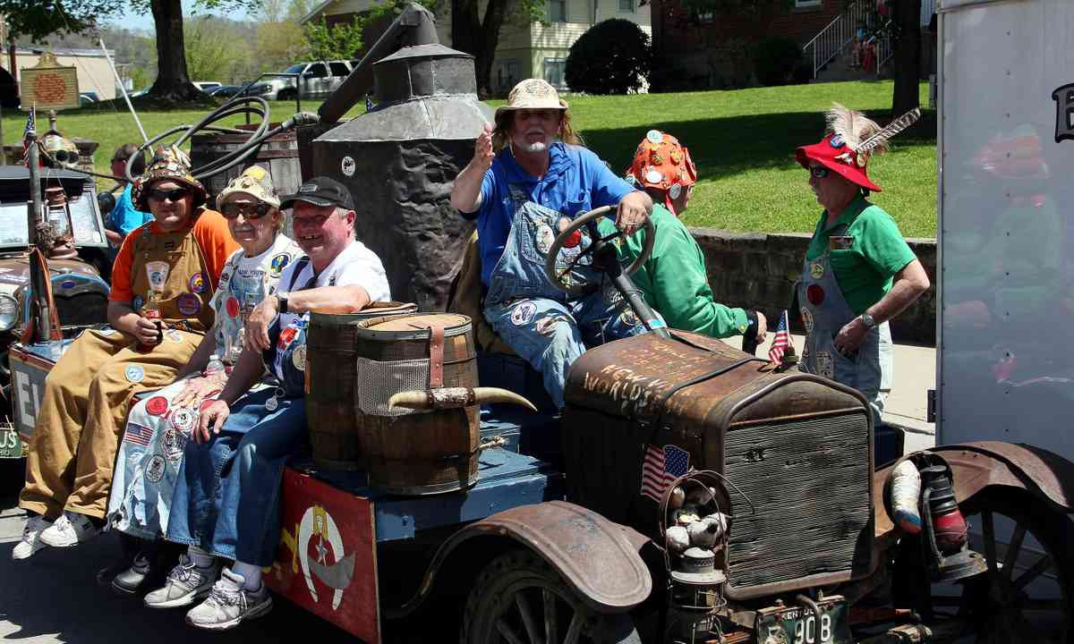 Hillbilly Days, Kentucky (Shutterstock: see credit below)