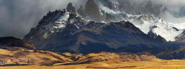 Mount Fitz Roy looms over the road to Los Glaciares National Park (Shutterstock)