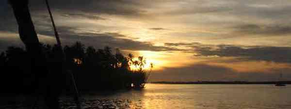 Sunset in the San Blas Islands (Sander Smit)