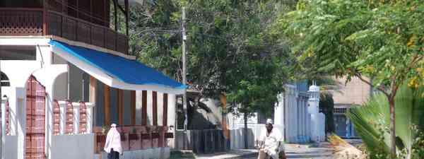 Downtown Tanga (Sibylle Riedmiller)
