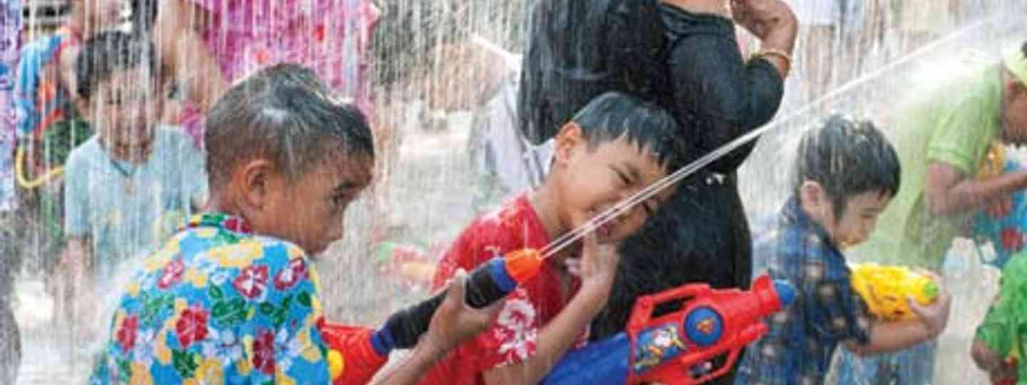 Your introduction to Songkran (shutterstock_101165452)