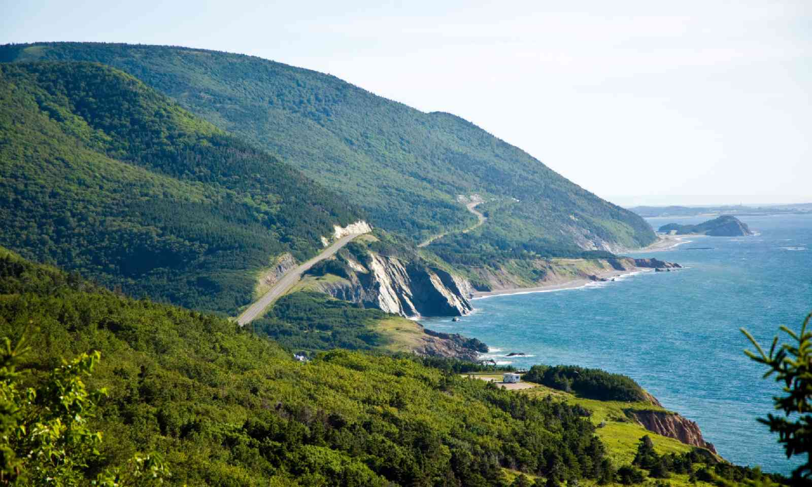 Cabot Trail (Shutterstock)