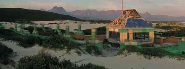 Macassar Beach Pavillion South Africa (Abandoned Places – Richard Happer)