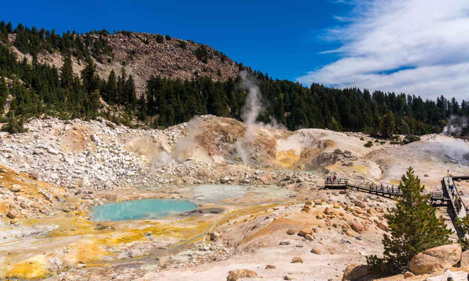 Lassen Volcanic national park (Shutterstock)