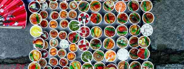 Street food dishes in little bowls, Vietnam (Dreamstime)