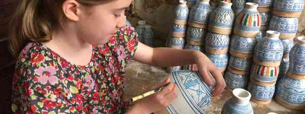 Making a Moroccan drum (Peter Moore)