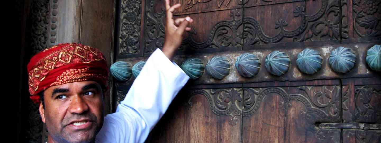 Omani tour guide (Shutterstock)
