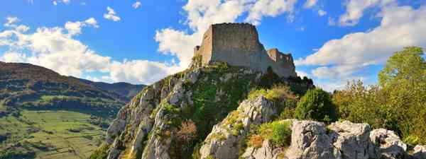 Montsegur Cathar castle in France (Dreamtime)