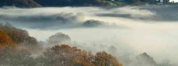 Misty Basque valley (Dreamstime)