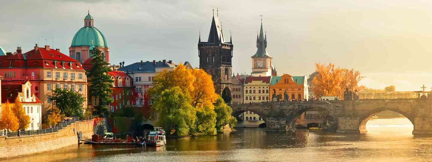 Sunset in Old Town Prague (Shutterstock: see credit below)