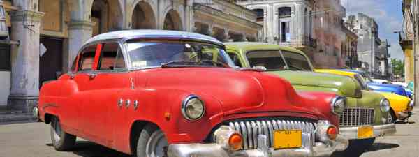 Classic cars on streets of Havana (Dreamstime)