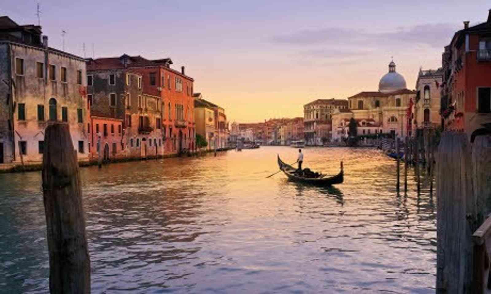 Venice (Wanderlust)