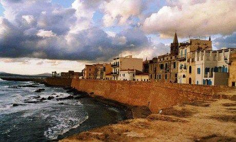 Sardinia (Wanderlust)