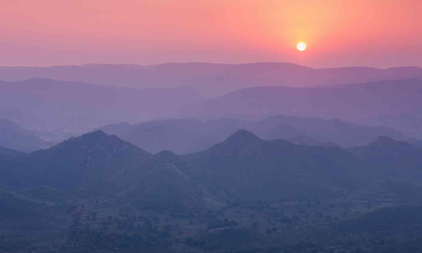 Aravalli mountains (Shutterstock)
