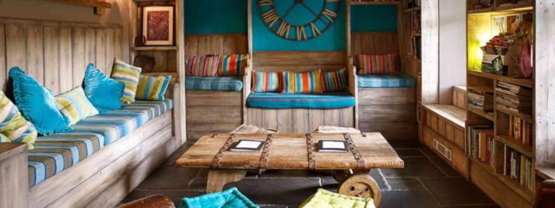 Lounge room in the Plas Curig (Kash Bhattacharya)